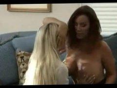 Mature Woman Seduces Young Girl - 6969cams.com
