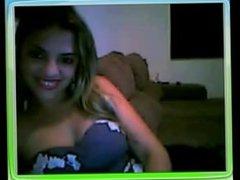 Sexy Latina on cam