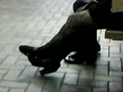 High Heels Blond In Ankle Boots & Tights