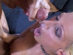 Horny chicks like to swallow