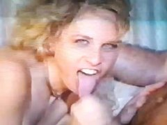 BOOTED LADY TAKE THE SPERM ON MOUTH