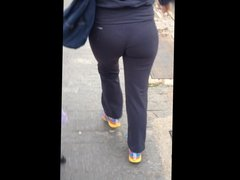 tight leggings - reverse slow motion looping