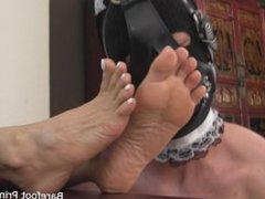 goddess feet worship