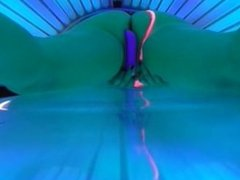 HIDDEN CAM CAUGHT GIRL MASTURBATE AT SUNBED