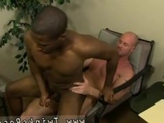 Gays jerk off until they cum during anal fucking JP gets down to service