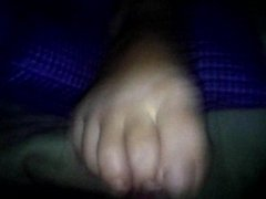 wife footjob paja en los pies