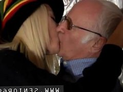 Young lad loves sucking girl old man cock xxx Gorgeous blond Tina is very