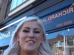 Blonde amateur babe Lissas public flashing and homemade