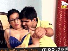 bhabhi garam mast jawani devar ne bra kholi hot romance