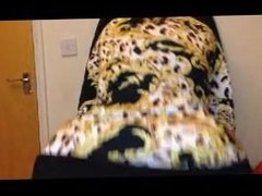 chubby milf gets spanked - www.free-camgirlz.com