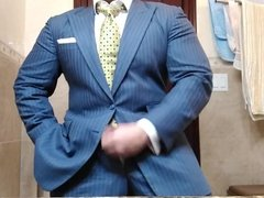 Str8 daddy jerking off in suit