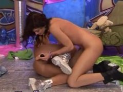 Amateur teen brunette strip Hairy Kim and clean-shaved Janet
