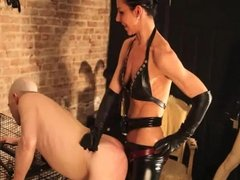 Mistress plays is this slave and strap on dummy