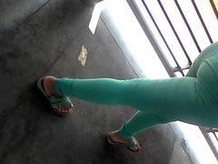Arrimon a morra bien rica en pantalon verde PARTE 1