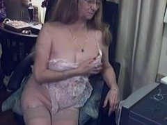 Kinky slut tries first time SnapWhores.Com