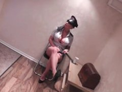 Cop gagged and tied