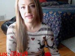 cute busty_ir_housewife flashing pussy on live webcam - 6cam.biz