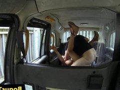 Busty amateur cockriding cabbie on backseat