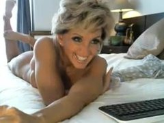 Hottest milf ever rides dildo on cam - camparadise.net