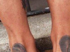Krista's Huge feet mesure