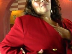Horny Amateur Latin Mature Mom From SEXDATEMILF.COM Playing with Her Hairy