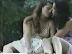lesbianas en el parque - Date her at CHEAT-MEET.COM