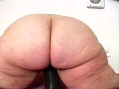 Big Butt BBW Granny - 143