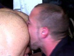 Gay security guard jizzes