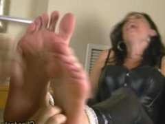 Ticklish Foot Domme Rivalry2