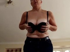 Amateur real mature mother FROM SEXDATEMILF.COM with thirsty vagina