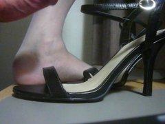 Branlette in shoes
