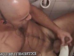 Macho hairy skinhead masturbate in a bath umm