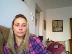 Maria Rosca de la Bucuresti se dezbraca