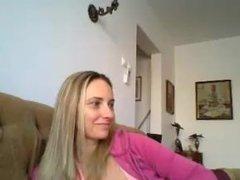 Maria Raluca Rosca de la Bucuresti face videochat
