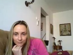 Maria Raluca din Braila se masturbeaza