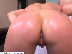 sexy milf 2 - meet her on cas-affair.com