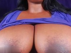 Date her from CAS-AFFAIR.COM - BBW shows big tits and ha