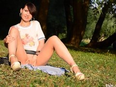 Jeny Smith bottomless public flash