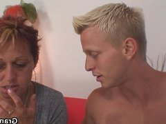 Granny games with hot neighbour
