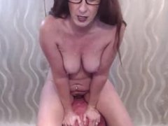 Smoking hot skillful cougar Kelsey with sexy glasses