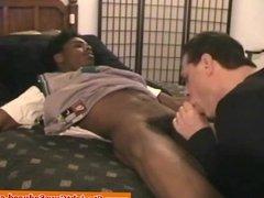 Bigcock ebony amateur blown by dilf