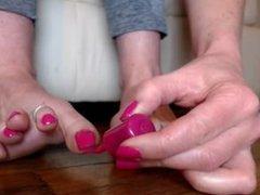Miss Eliemarie Long toenails..