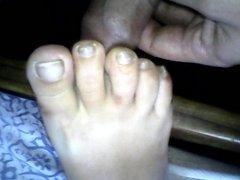 paja con los pies de mi mujer dormida 21
