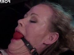 porn9.xyz - 7076-electrosluts es 38521 cherry torn and simone sonay hd