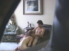 Sexy MILF gives Blowjob and gets her Pussy licked