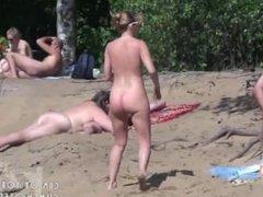 Nude Beach Blowjob Filmed By Spycam