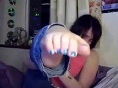 Emo girl's blue webcam toes