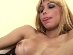Yellow rubber gloves make big shecock squirt