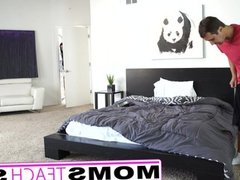 Stepmom and son make teen squirt in threesome