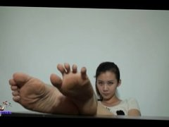Chinese Girl Feet Show
